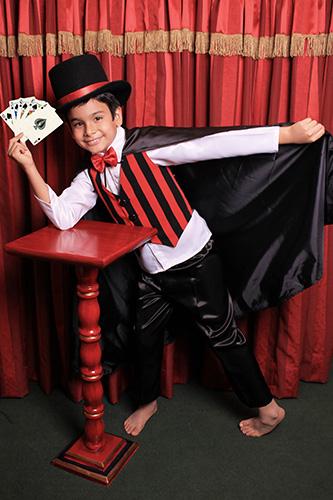 Sesión Fotográfica Mágica para Niños y Bebes al Estilo Circo y Magos